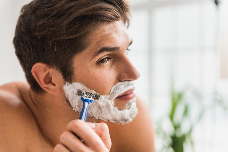 main of Monthly Shave Club Subscriptions Are an Exciting Alternative